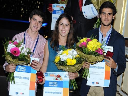 Armindo Fernandes, (à direita na foto), foi um dos vencedores do concurso