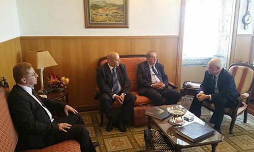 Recteur de UBI, Antonio Fidalgo, avec le recteur algérien Belkacem Selatnia, et avec les enseignants Abdallah Farhi et Mahmoud Debabeche